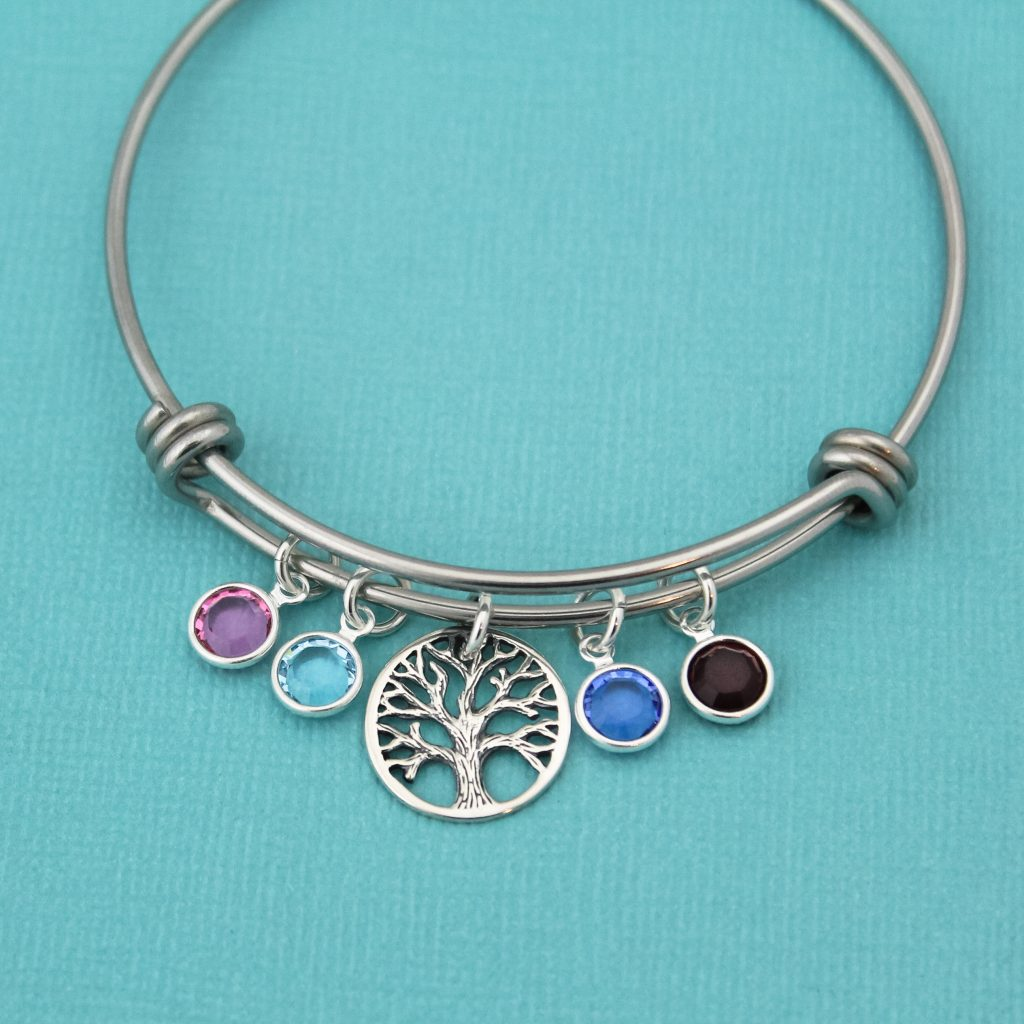 This Tree of Life birthstone design makes a great gift for Mother's Day 2018.