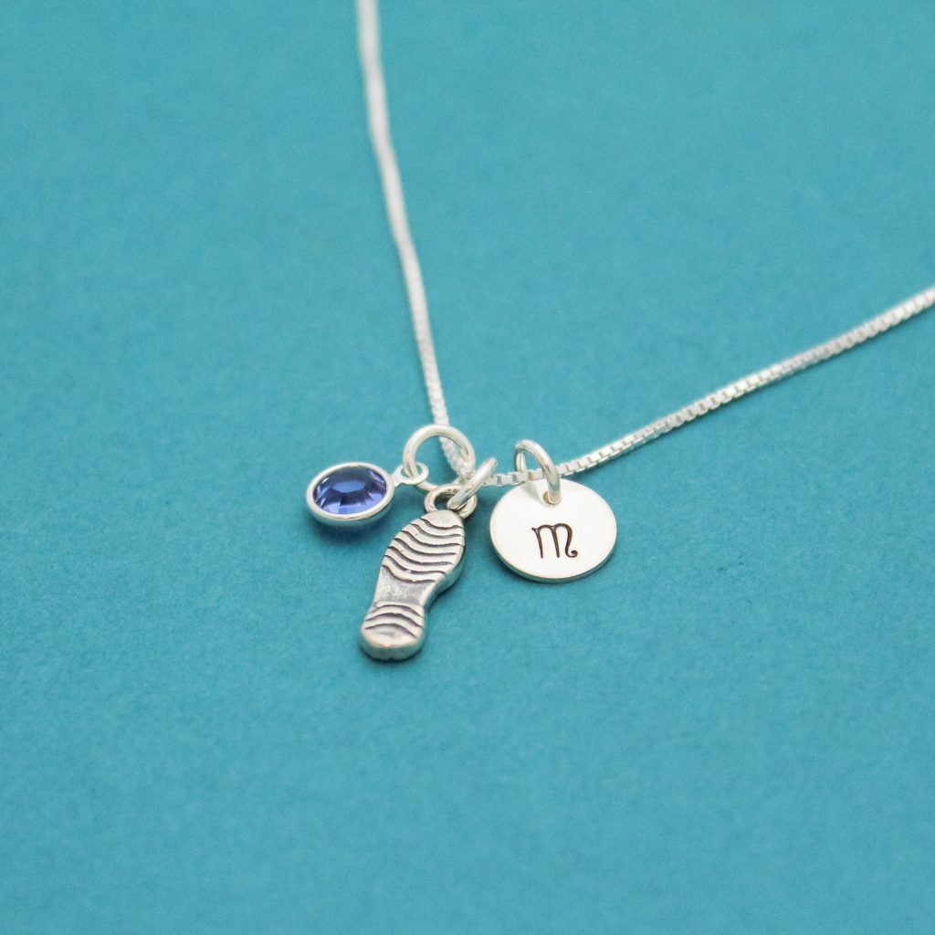 Running runner charm necklace