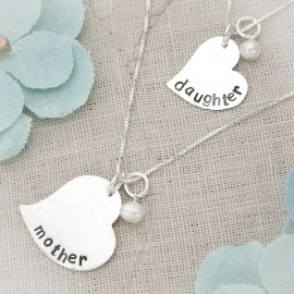 A Mother and Daughter's Love Necklace Set